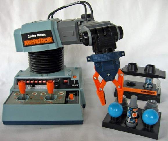 Console de game, Armatron, da Radio Shack inspirou Tippett a domar máquinas