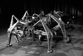 Jonathan Tippett: O criador de máquinas monstruosas