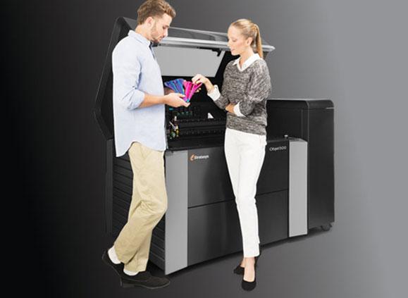 Impressora 3D da  Stratasys Connex3 produzirá modelos na Feira Mecânica