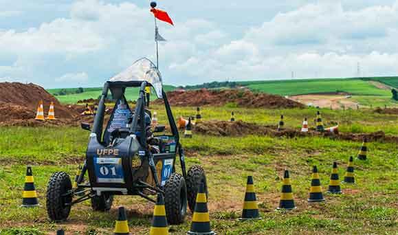 Carro 1 da UFPE ficou em segundo lugar na final da competição realizada em Piracicaba