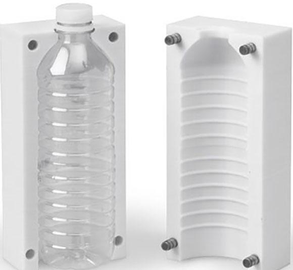 Veja o molde de sopro impresso em 3D e a garrafa gerada nele