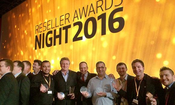 Equipe SKA recebe prêmios pelo desempenho da revenda no Brasil e América Latina