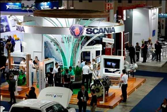 Edição 2015 do Congresso e Mostra Internacional  SAE atraiu milhares de interessados nas novidades da engenharia
