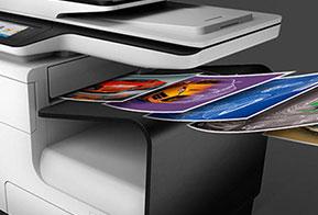 HP PageWide XL une impressões monocromáticas e em cores